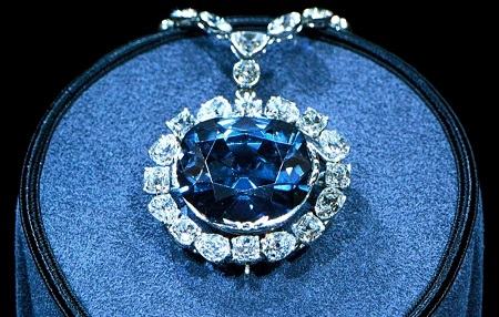 The Curse of The Tavernier Blue Diamond – Death, Debt and Misfortune!